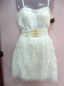 Desse sonho de vestido de seda, ficou só um ! Use com bolero ou casaquinho colorido !