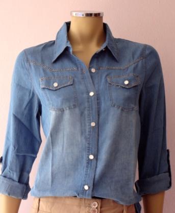 Mais uma opção em camisa jeans R$
