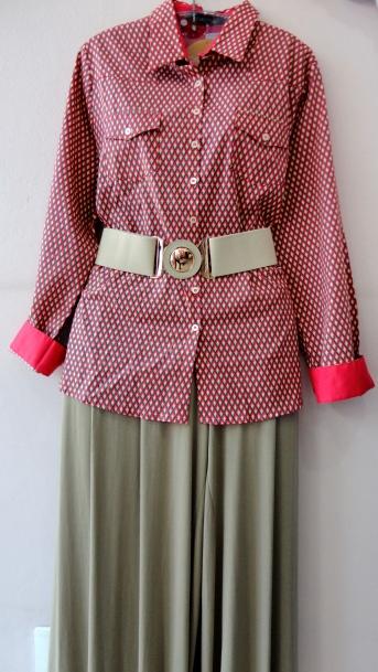 Camisa em tricoline estampada (última moda) R$ , calá pantalona em malha R$ ( use agora e no verão também) e cinto R$