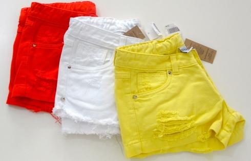 """Criança äntenada""""na moda é aqui na Camarim ! Short desfiadinho várias cores e modelos ."""